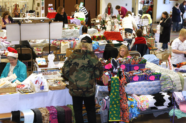 david douglas highs ptsa hosts a grand holiday bazaar