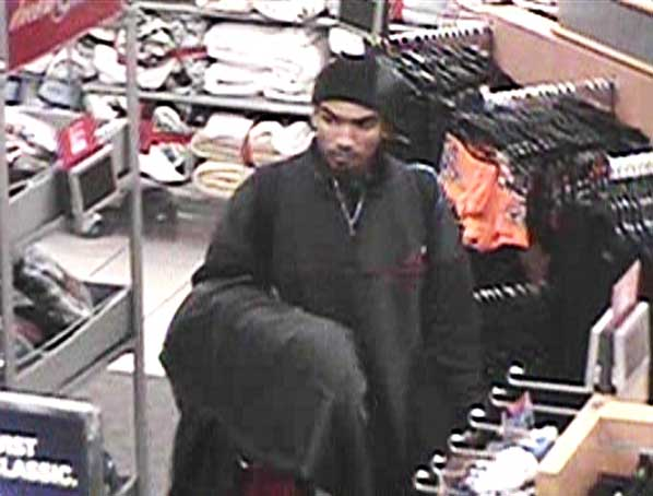 Armed robbery suspect nabbed holding gun and knives | East PDX News