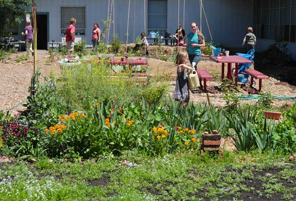 Families Celebrate Garden Space At Gilbert Park Elementary East Pdx News