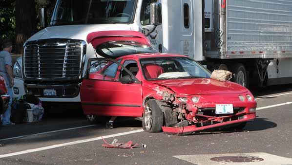 Improper passing blamed in Powell Blvd wreck   East PDX News
