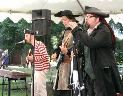 Rollicking pirate band show rewards summer readers | East